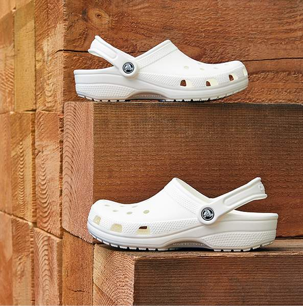 Classic Clog in White.